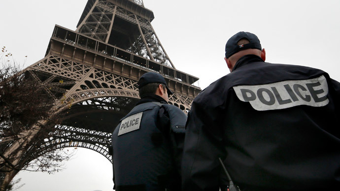 Trocadero Square near Eiffel Tower evacuated after 'false reports' of armed incident