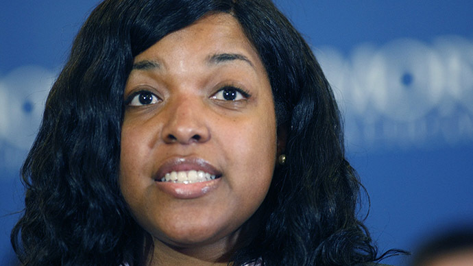 Ohio bridal shop visited by Amber Vinson closing, blames Ebola patient's notoriety