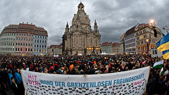#Lovestorm: 35,000 protest racism, xenophobia in Germany's Dresden