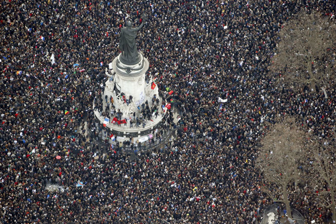 "Aerial view taken on January 11, 2015 shows people attending the Unity rally ""Marche Republicaine"" at the Place de la Republique (Republique's square) in Paris in tribute to the 17 victims of a three-day killing spree by homegrown Islamists. (AFP Photo)"
