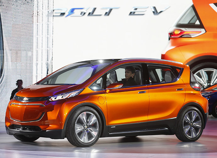 The Chevrolet Bolt EV electric concept car is unveiled during the first press preview day of the North American International Auto Show in Detroit, Michigan January 12, 2015. (Reuters/Rebecca Cook)