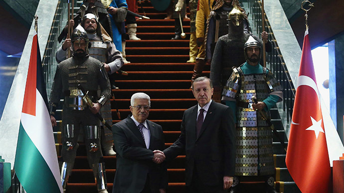 Erdogan welcomes Abbas in Ottoman Empire style ceremony