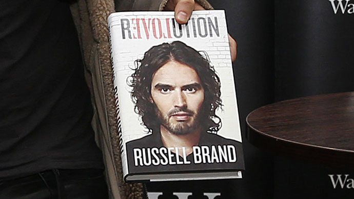 Right-wing English Defence League thugs attack Russell Brand book group – thinking comedian would be there