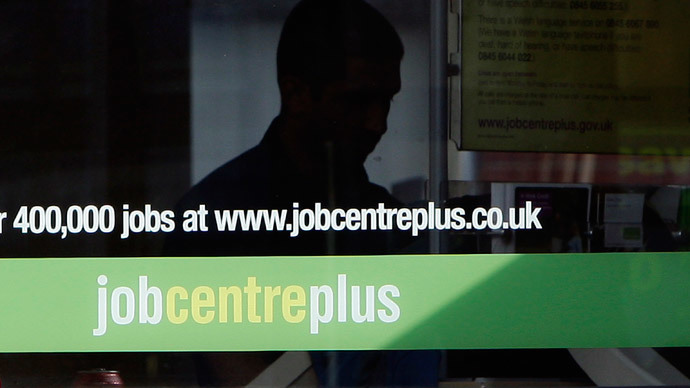 Unemployed UK youths isolated, 'feel like giving up'
