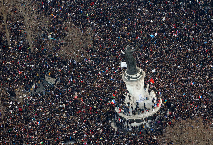 "Aerial view taken on January 11, 2015 of the Unity rally ""Marche Republicaine"" at the Place de la Republique (Republique's square) in Paris in tribute to the 17 victims of a three-day killing spree by homegrown Islamists. (AFP Photo / Kenzo Tribouillard)"