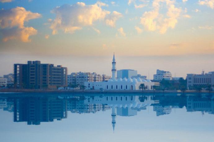 Al-Juffali Mosque, Jeddah (Image from Flickr.com/Ibrahim Ajlan)
