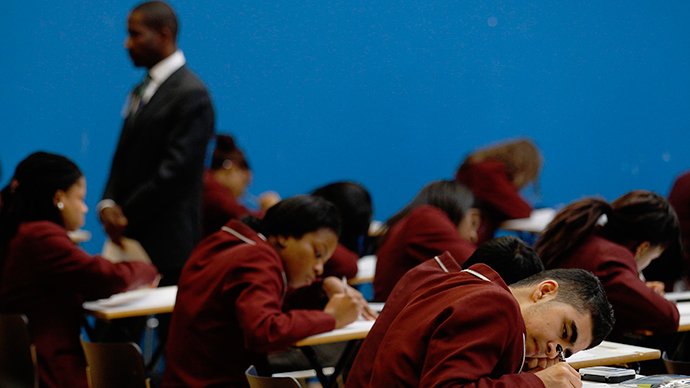 Know your government! Arizona enforces US citizenship test for high school students