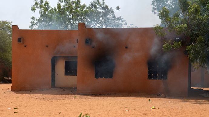 Churches torched, 5 killed as Niger's anti-Charlie Hebdo protest escalates