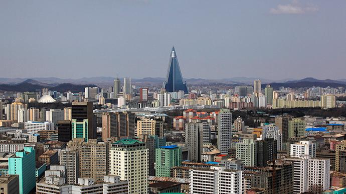 North Korea invites English-speakers to teach tourist guides