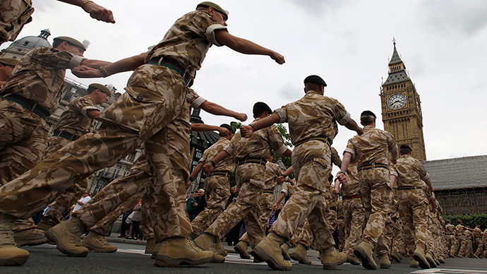 Cameron vows not to cut army down to 60,000
