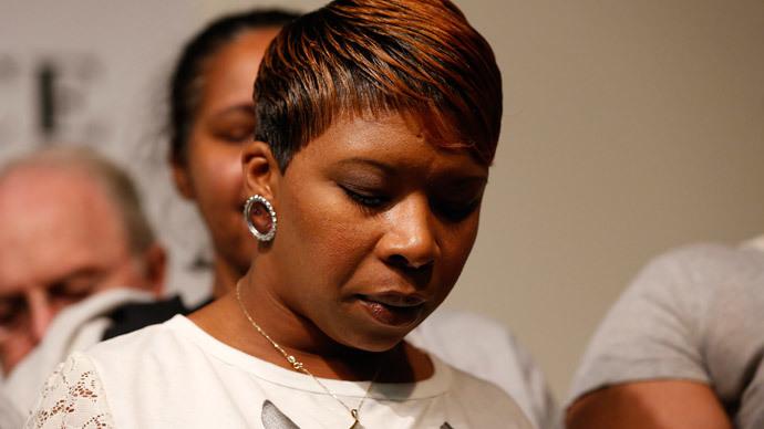 Michael Brown's family mulls lawsuit against Darren Wilson, Ferguson PD