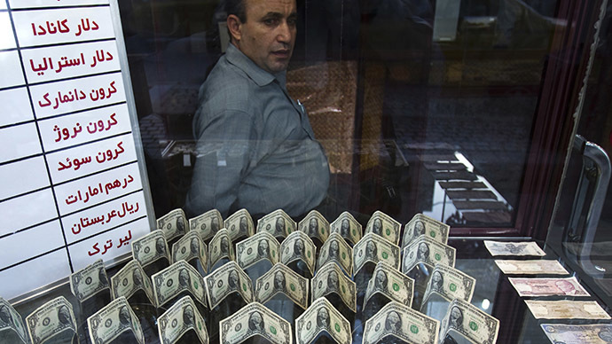 Iran moves away from US dollar in foreign trade