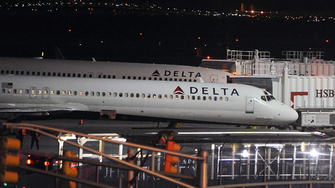 Bomb squads sweep Atlanta airport, fighter jets scrambled after threats on Twitter