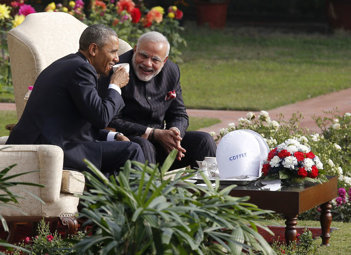 Obama and Modi (R) in the gardens of Hyderabad House, New Delhi, January 25, 2015. (Reuters/Jim Bourg)