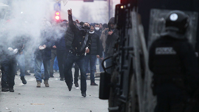 Tear gas at Kosovo rally demanding minister resign over war victims comment
