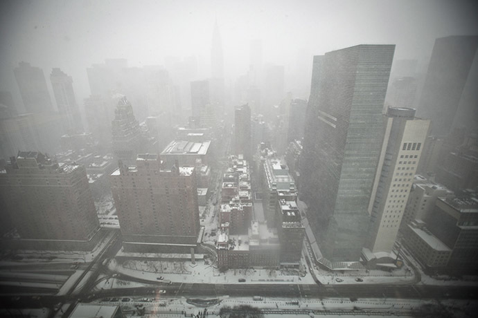 Mid-town Manhattan is pictured from the top of the United Nations building in New York January 26, 2015. (Reuters/Carlo Allegri)