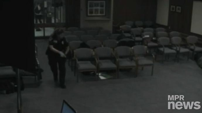 Gunman breaks into Minnesota city council meeting, opens fire (VIDEO)