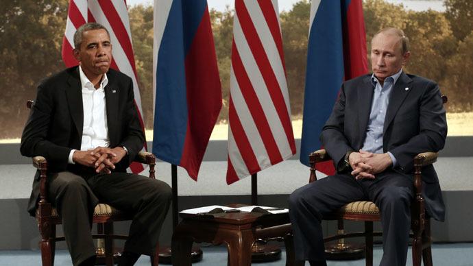 U.S. President Barack Obama (L) and Russian President Vladimir Putin (Reuters/Kevin Lamarque)