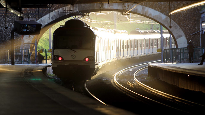 Rail strike: Train passenger assaults driver, causes Paris rush hour havoc (PHOTOS)