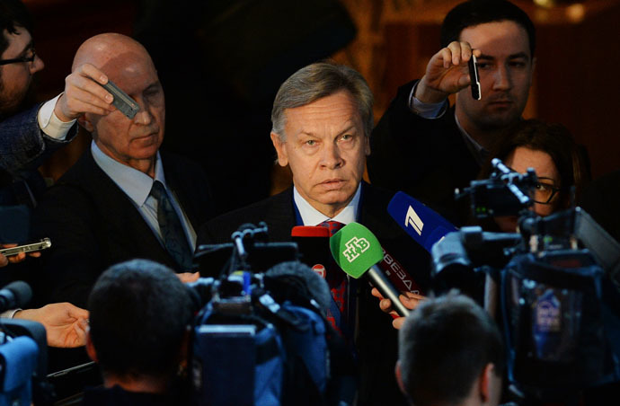 Chairman of the State Duma Committee on International Affairs Alexei Pushkov is interviewed by journalists after a plenary meeting held as part of the winter session of the Parliamentary Assembly of the Council of Europe (PACE). (RIA Novosti/Vladimir Fedorenko)