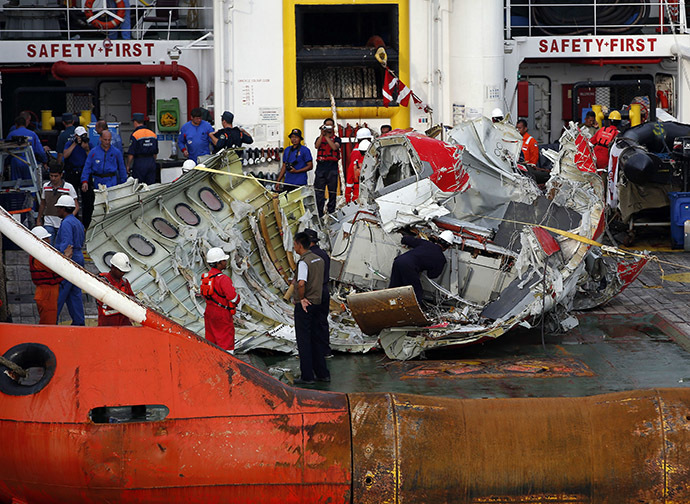 AirAsia captain left seat to fix computer system before jet lost control – reports 34654576