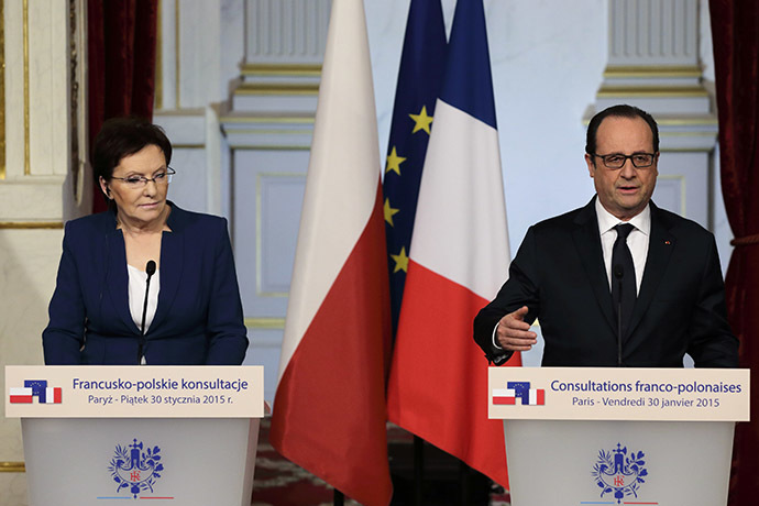 French President Francois Hollande (R) and Poland's Prime Minister Ewa Kopacz. (Reuters/Philippe Wojazer)