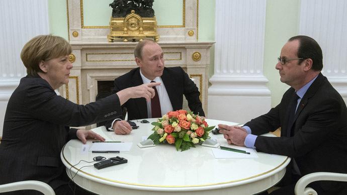 Putin meets Merkel, Hollande behind closed doors in Moscow