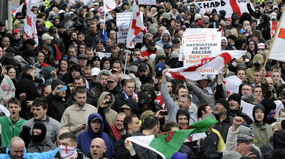 ​Far-right march to 'protect families' from new mosque condemned by anti-fascists