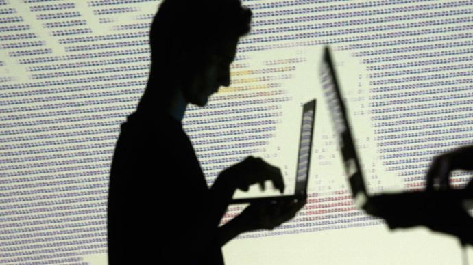Treat internet trolls like sex offenders, says anti-Semitism report