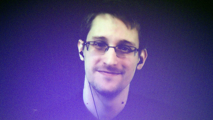 ​Snowden fine, speaks Russian, still single – lawyer