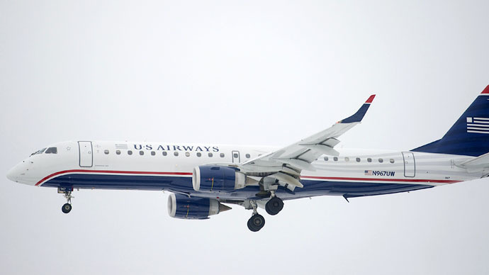 US Airways jet makes emergency landing after nose gear fails to deploy