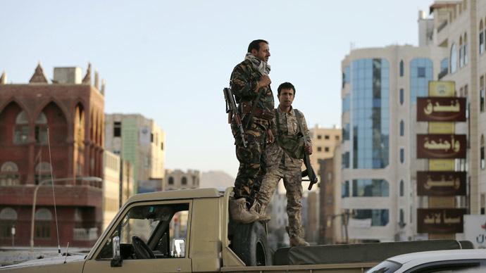 Italy, Germany close Yemen embassies as Al-Qaeda seizes army base
