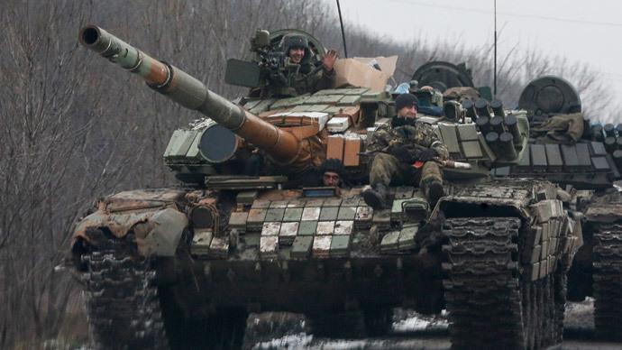 A Ukrainian army tank. Reuters / Maxim Shemetov