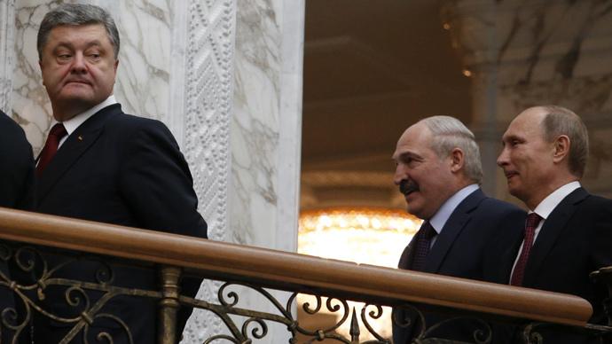 16-hour Minsk marathon: Vodka for journos, Merkel's cell died, Lavrov smokes