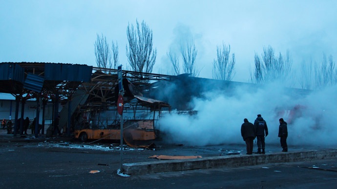 Will ceasefire hold? Thin hopes in E. Ukraine hours before truce as shelling goes on