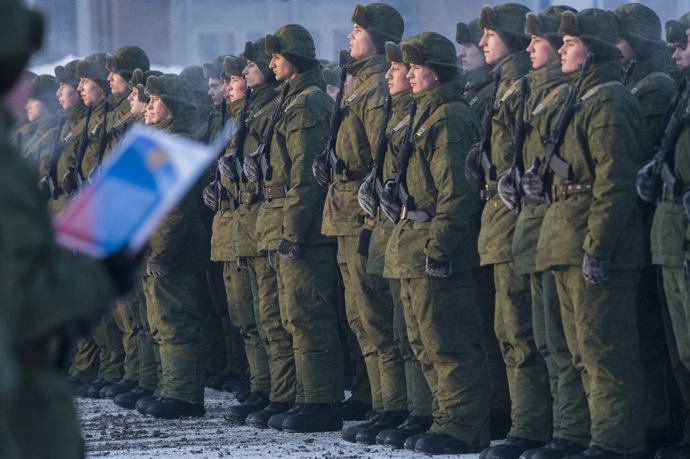 Cadets of the Russian Defense Ministry's 242nd Training Center take the oath. (RIA Novosti/Alexey Malgavko)