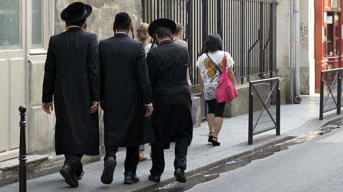 Paris urges Jews to ignore Israeli PM's calls to leave France