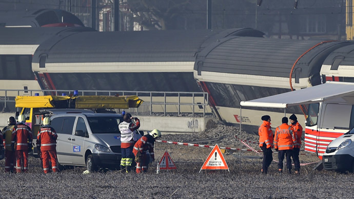 2 trains collide near Zurich with at least 5 people injured - local media