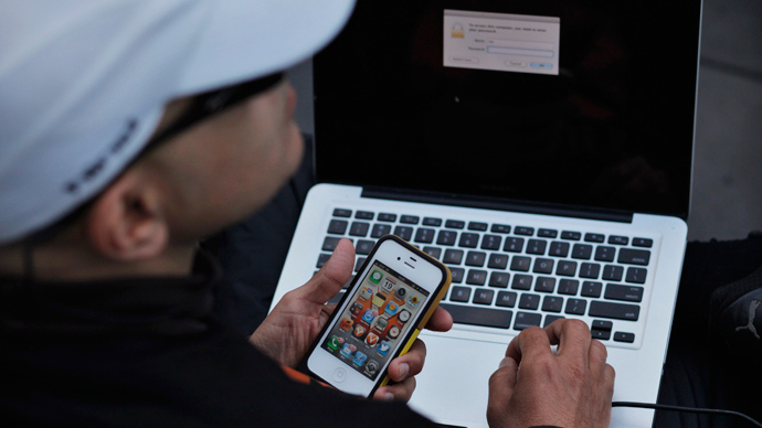 Hackers can track phone users' location by looking at power supply