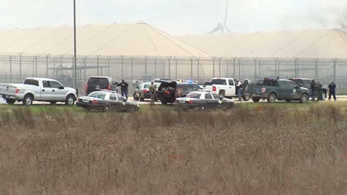 Texas prison riot: 2,800 inmates to be moved from now 'uninhabitable' facility