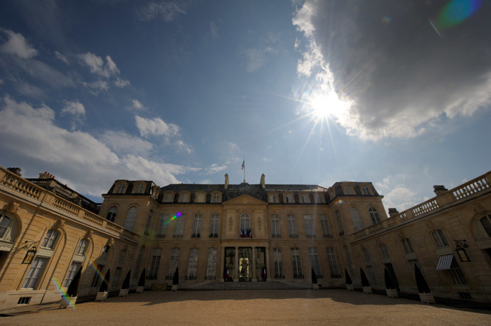 General view of the Elysee Palacenin Paris, the President's official residence (Reuters / Philippe Wojazer)