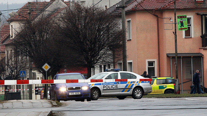 9 people dead in shooting spree at Czech pub