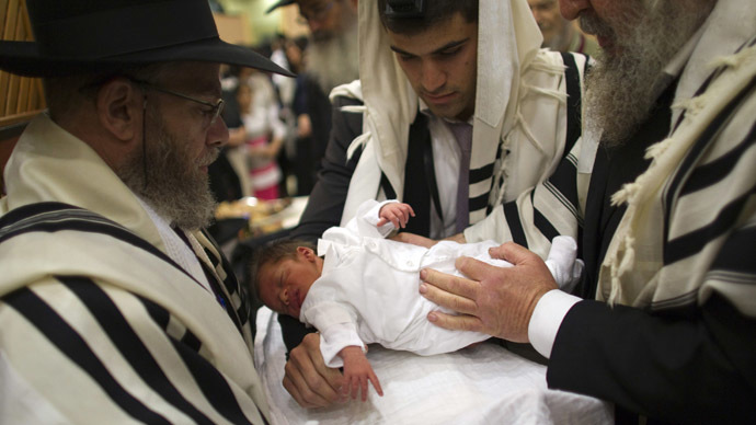 NYC to replace circumcision rule with herpes-education program for Orthodox Jews
