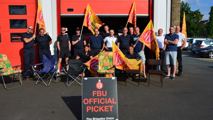 'Liars!' Striking firefighters march on Parliament over pensions