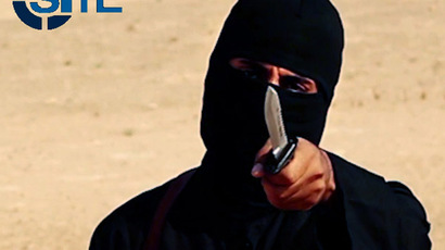 Mohammed Emwazi, video obtained from SITE Intel Group February 26, 2015. (Reuters/SITE Intel Group)