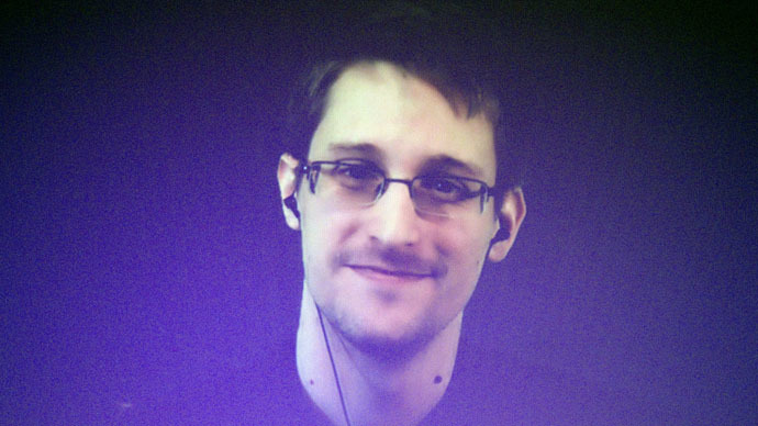 Snowden ready to go to US if he gets fair trial - whistleblower's lawyer