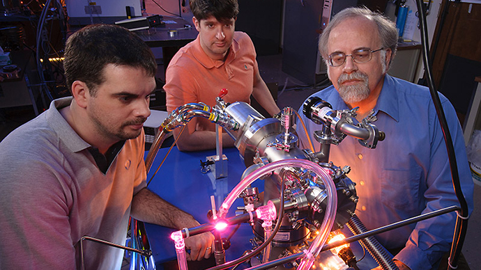 L-R: Ames scientists Michel Nuevo, Christopher Materese and Scott Sandford reproduce uracil, cytosine, and thymine, three key components of our hereditary material, in the laboratory. (NASA/ Dominic Hart)