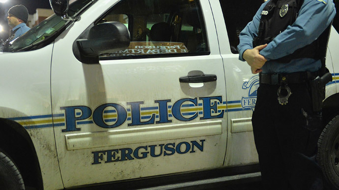 Arrests in Ferguson after police dept picketed by protesters