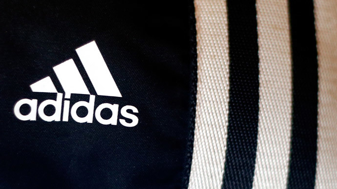 Adidas to close 200 stores in Russia in 2015 because of weaker ruble