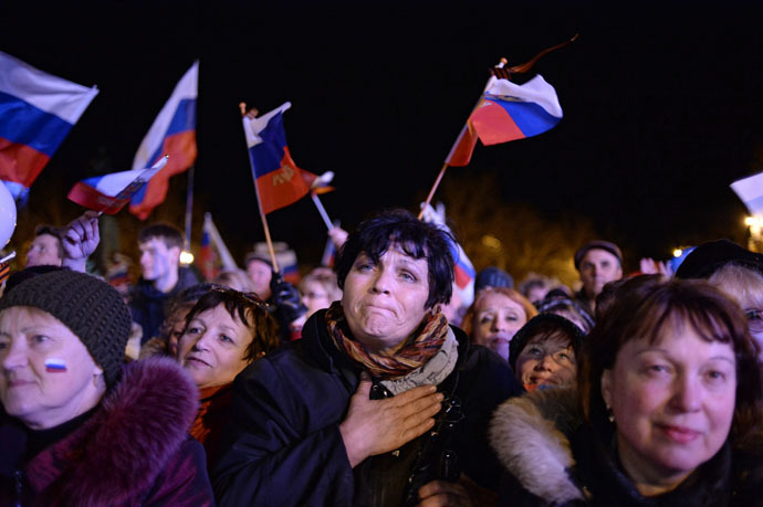 Sevastopol residents at a celebratory show held after the referendum on Crimea's status March 16, 2014 (RIA Novosti/Valeriy Melnikov)
